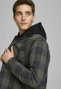 Jack & Jones PREMIUM - Summer jacket - climbing ivy - 3