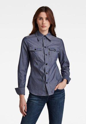 KICK BACK SHIRT - Shirt - light grey