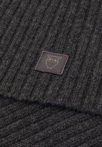 Knowledge Cotton Apparel - JUNIPER SCARF UNISEX - Šála - dark grey melange - 2