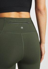 Cotton On Body - ULTIMATE BOOTY FULL LENGTH - Leggings - khaki - 4