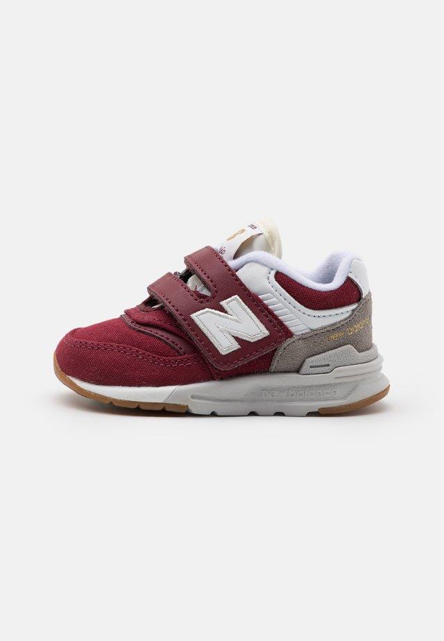 IZ997HHT UNISEX - Sneakers - burgundy