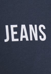 Tommy Jeans - CROP TAPE TEE - T-shirts med print - twilight navy - 6