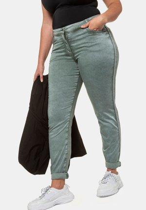 Slim fit jeans - mineralgrün