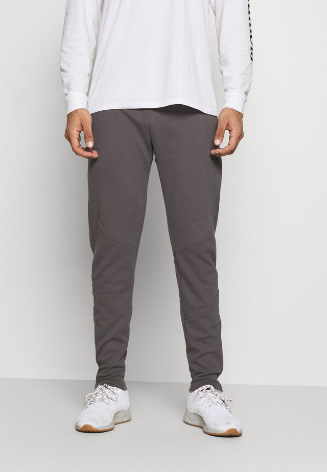 CADENCE PANT - Tracksuit bottoms - grey/carbon