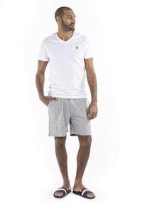 U.S. Polo Assn. - CARSTEN - Shorts - grey melange - 1