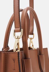 MICHAEL Michael Kors - MERCER MESSENGER - Handbag - luggage - 5