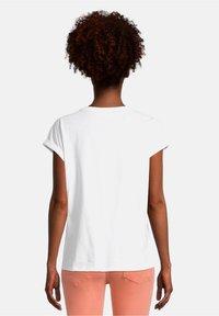 Cartoon - Print T-shirt - white/nature - 2