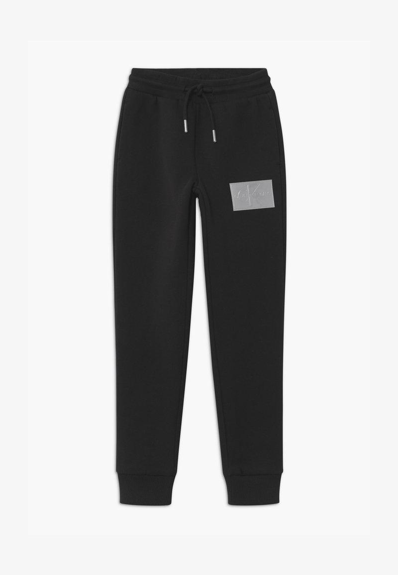 Calvin Klein Jeans - MONOGRAM REFLECTIVE - Trainingsbroek - black