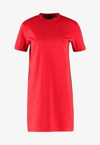 Calvin Klein Jeans - TAPE LOGO DRESS - Jersey dress - barbados cherry - 4