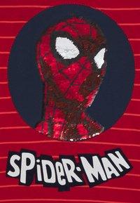 Desigual - MARVEL SPIDER MAN - Langarmshirt - red - 2