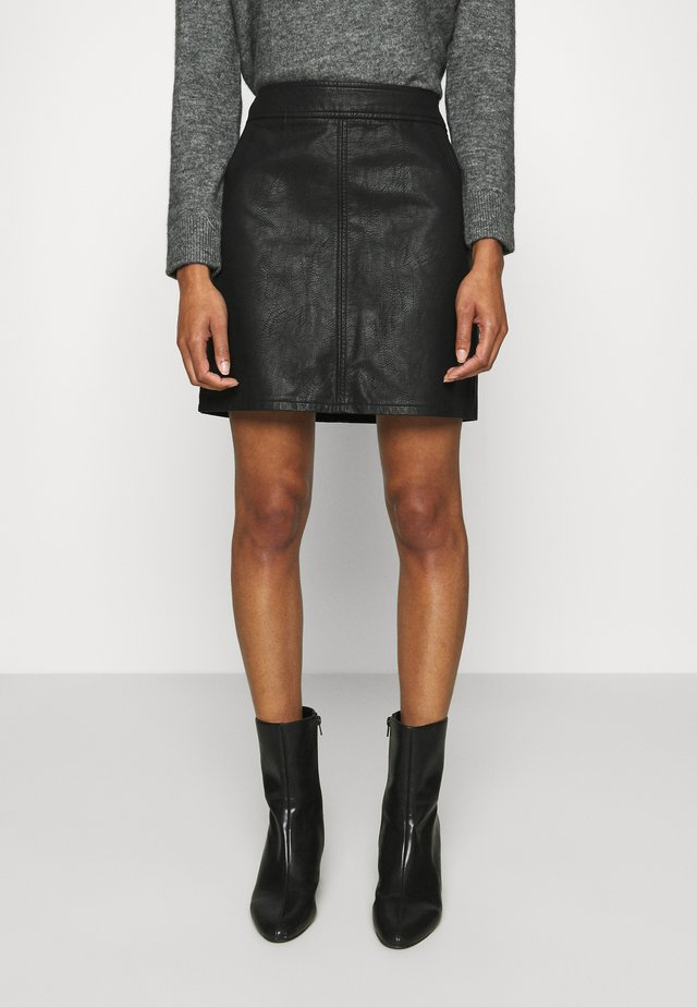 POCKET MINI SKIRT - Spódnica mini - black