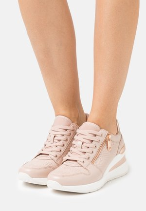 JERESA - Joggesko - light pink