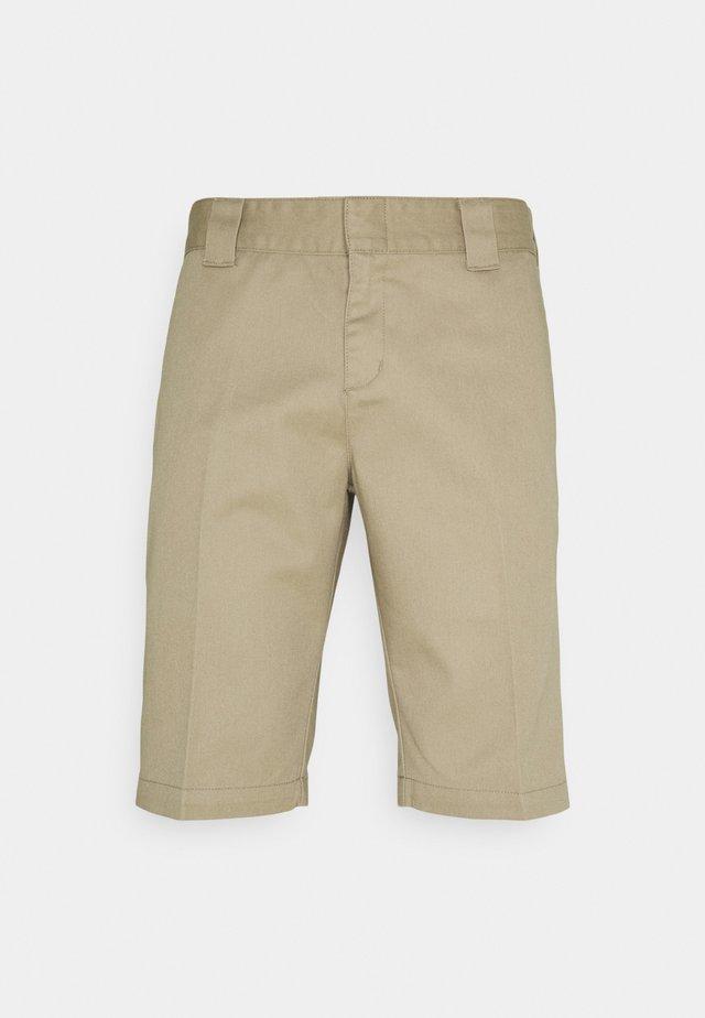 SLIM FIT - Shorts - khaki