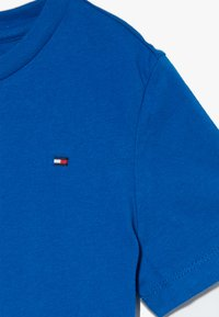 Tommy Hilfiger - ESSENTIAL ORIGINAL TEE - Basic T-shirt - blue