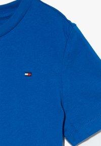 Tommy Hilfiger - ESSENTIAL ORIGINAL TEE - T-Shirt basic - blue - 3