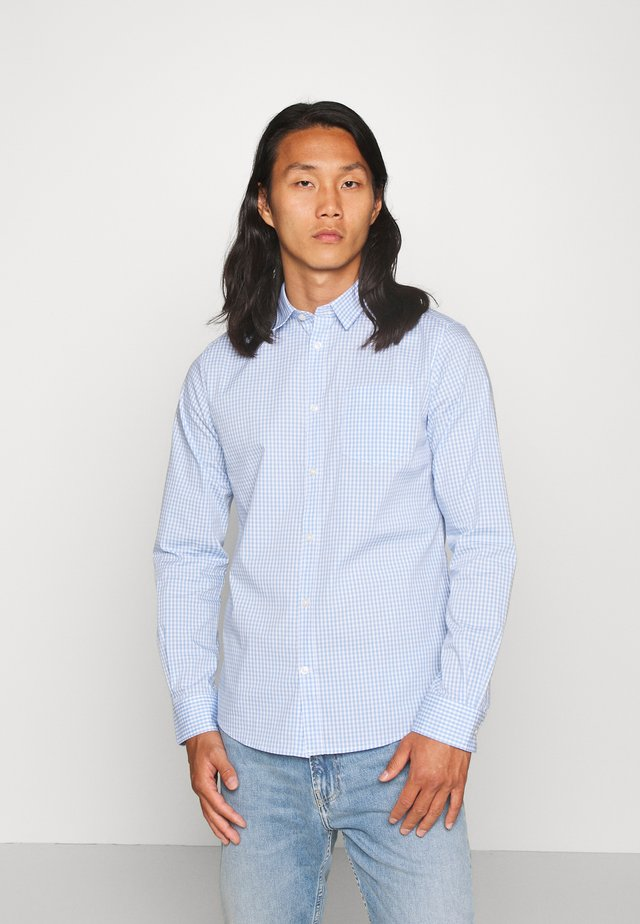 FITTED EASYCARE SHIRT STRETCH - Koszula - light blue