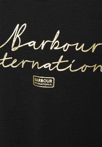 Barbour International - HALLSTATT TEE - Triko spotiskem - black - 2