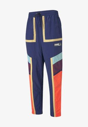 COURT SIDE PANT - Pantaloni sportivi - elektro blue