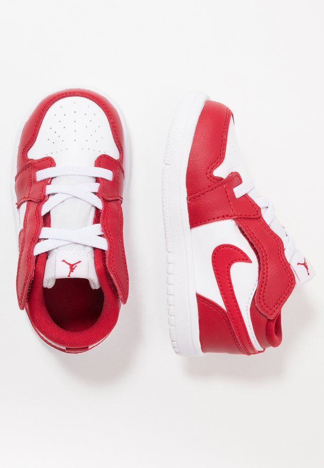 1 LOW ALT - Basketbalschoenen - gym red/white