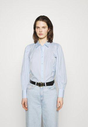 SC-OBION 1 - Button-down blouse - powder blue combi