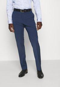 Tommy Hilfiger Tailored - FLEX CHECK SLIM FIT SUIT - Suit - blue - 4