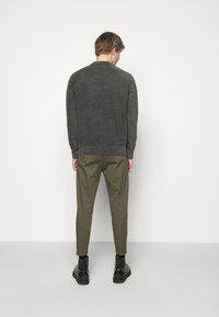 DRYKORN - FLORENZ FADE - Sweatshirt - grey - 2