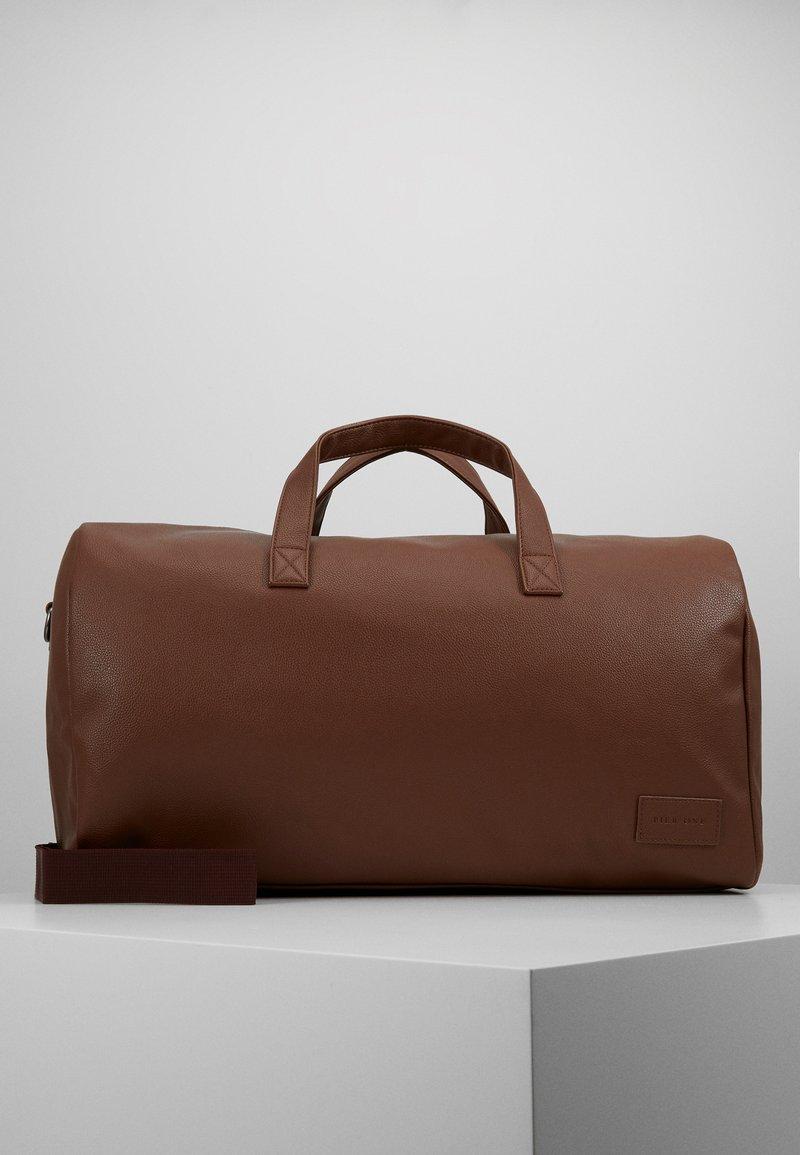Pier One - UNISEX - Weekend bag - cognac