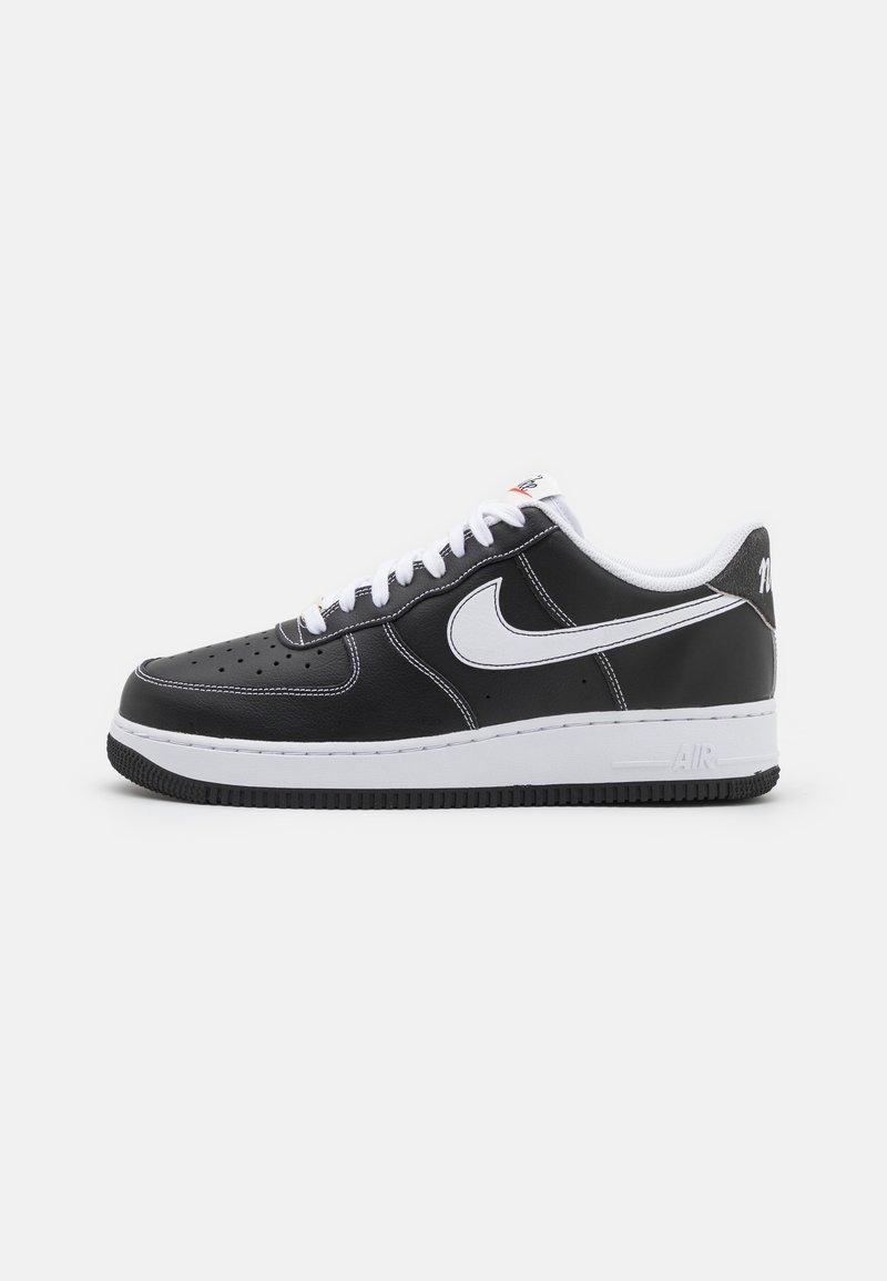 Nike Sportswear - AIR FORCE 1 '07 - Sneakers basse - black/white/sail/team orange