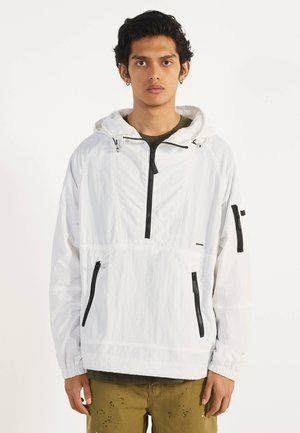MIT BAUCHTASCHE - Outdoor jacket - white