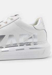 KARL LAGERFELD - KAPRI LOGO - Sneaker low - white/silver - 6