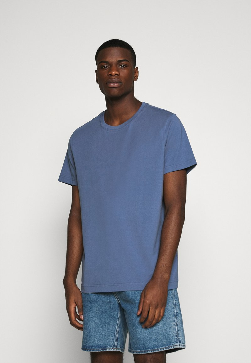 Weekday - RELAXED  - Basic T-shirt - blue