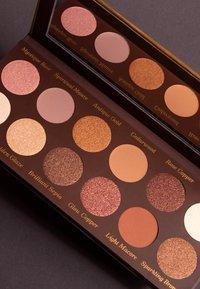 Luvia Cosmetics - ROMANTIC BAROQUE - Eyeshadow palette - - - 4