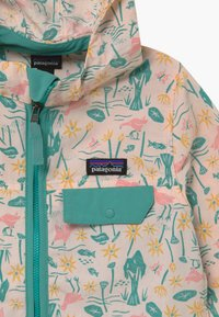 Patagonia - BAGGIES UNISEX - Outdoor jacket - prima pink - 4