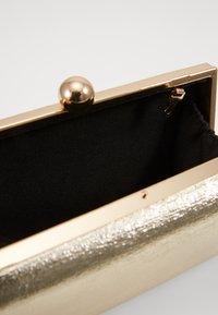 Dorothy Perkins - BOX - Clutch - gold - 3