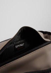 Spiral Bags - MANHATTAN - Reppu - stone - 4