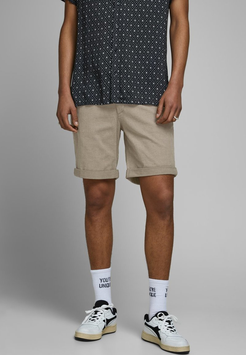 Jack & Jones - KENSO - Shorts - crockery
