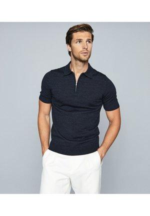 MAXWELL - Polo shirt - blue