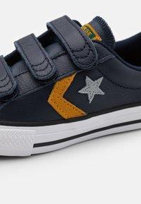 Converse - STAR PLAYER  - Zapatillas - obsidian/midnight clover/saffron yellow - 5