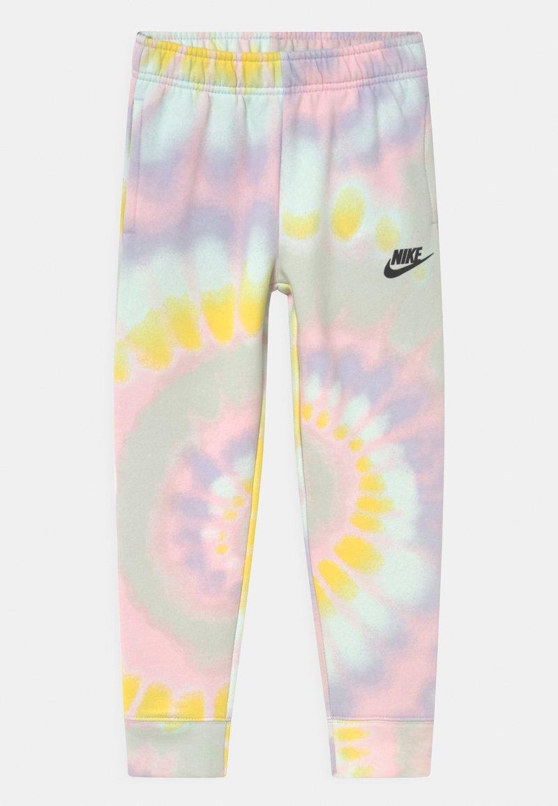 Nike Sportswear - CLUB - Pantaloni sportivi - purple chalk