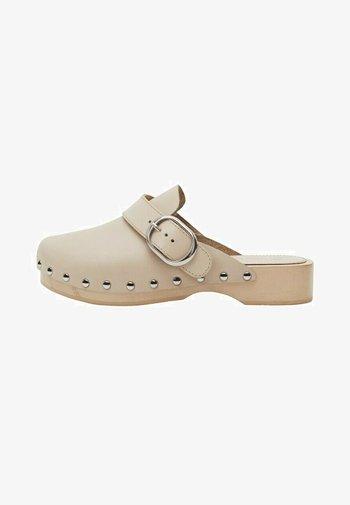MENOR - Clogs - beige