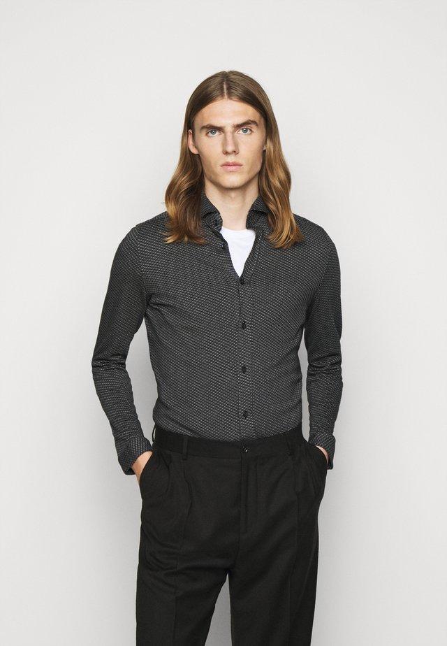 SOLO - Camicia - grau