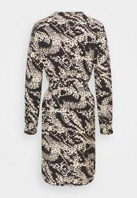 Object - OBJTALUSA  BIRDY DRESS - Day dress - black/sandshell - 7
