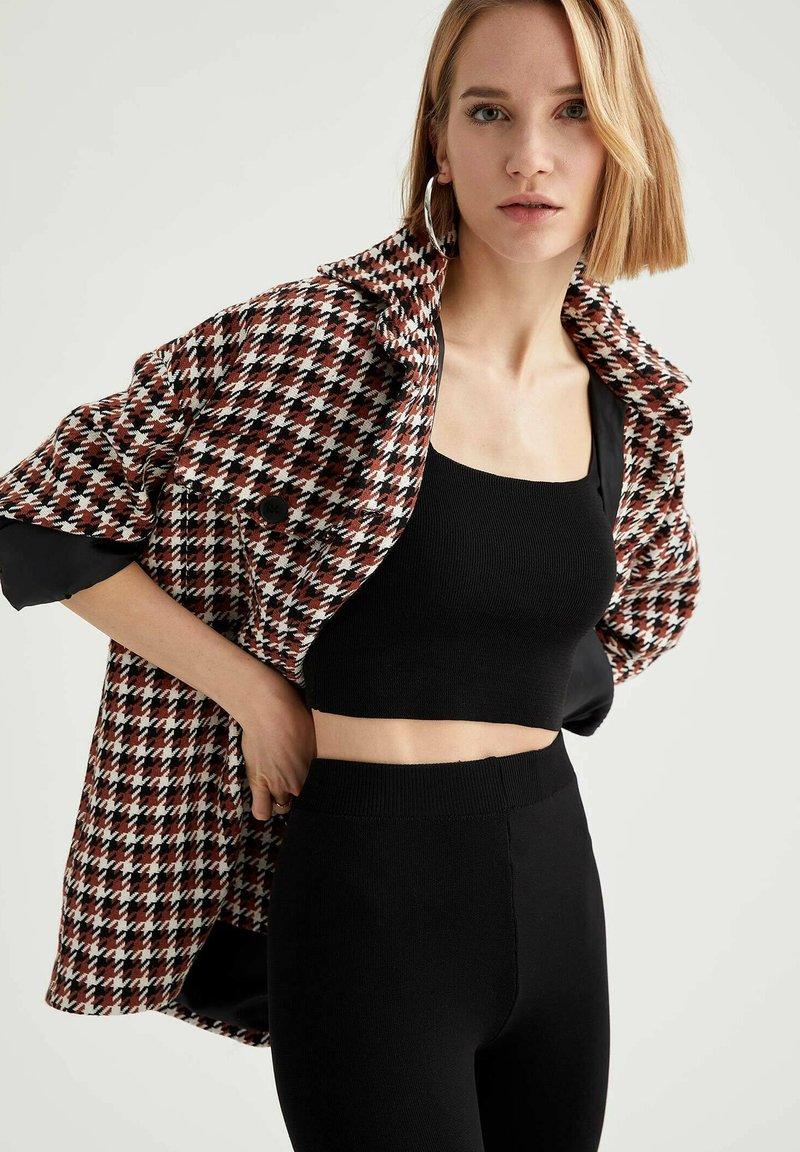 DeFacto - Short coat - brown