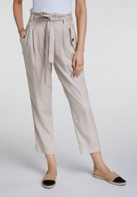 Oui - UTILITY STYLE - Trousers - light stone - 0