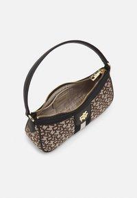 DKNY - CAROL BAGUETTE - Handbag - chino/black - 2