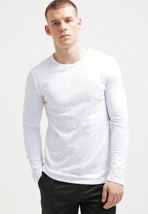 LASSEN  - Long sleeved top - white