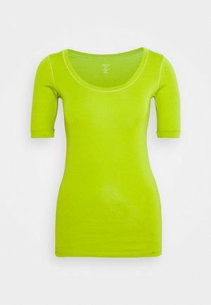 Basic T-shirt - pea