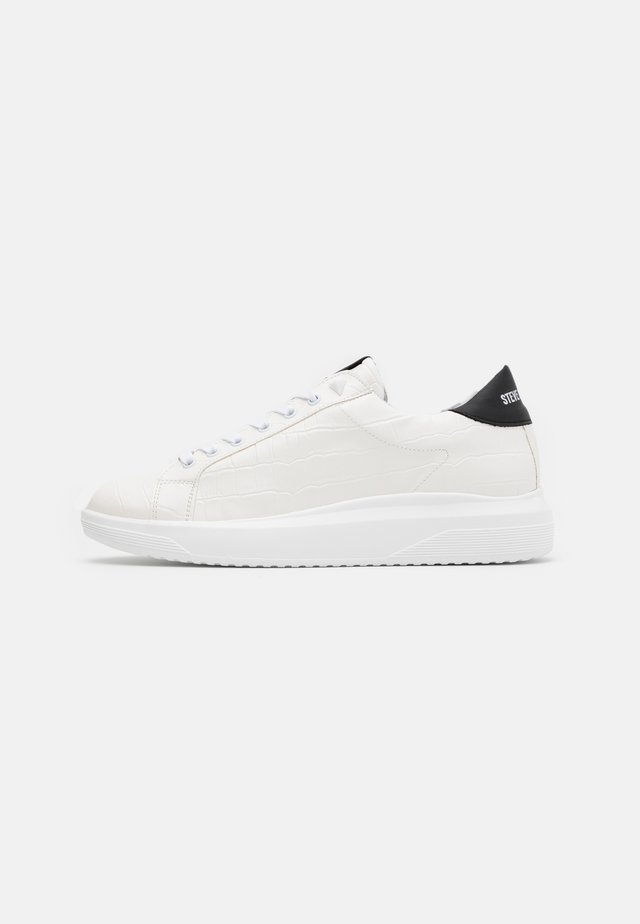 ALEX - Sneaker low - white