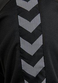 Hummel - HMLAUTHENTIC FUNCTIONAL  - Polo shirt - black/white - 4