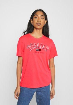 COLLEGE LOGO TEE - T-shirt z nadrukiem - diva pink